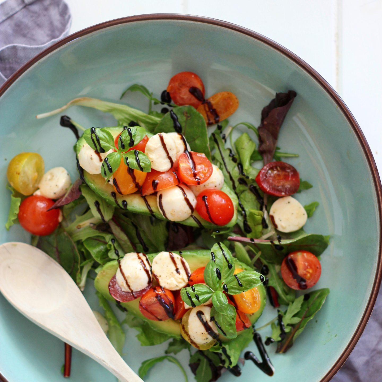 Gevulde avocado salade